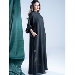Formal closed crepe abaya with zipped side pockets with elastic sleeves AS1005