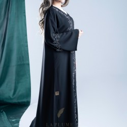 AK3002 Hand work Abaya is attractive with two lines, from the shoulders to the bottom of the abaya and on the sleeves with a crepe fabric