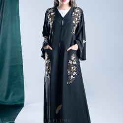 AK3003 Beautiful and practical abaya with pockets with golden hand work with white threads on the shoulders, sleeves and below the pockets in a crepe fabric