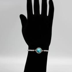 Bracelet with Swarovski stone B0044
