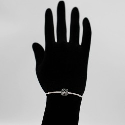 Bracelet with Swarovski stone B0047